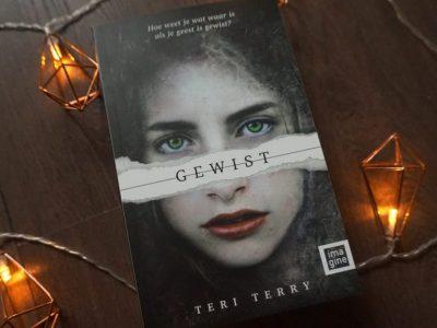 Gewist – Teri Terry