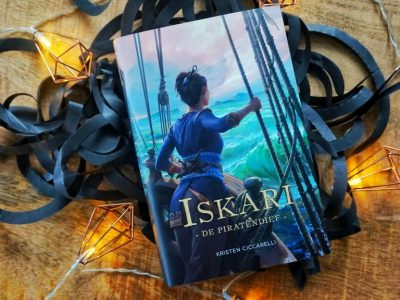 De Piratendief (Iskari #3) – Kristen Ciccarelli